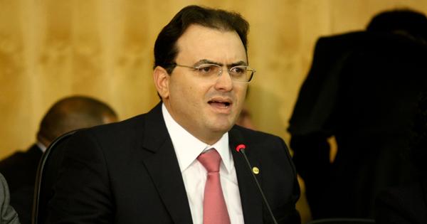 Pedro Ladeira/Folhapress - 24.jun.2013
