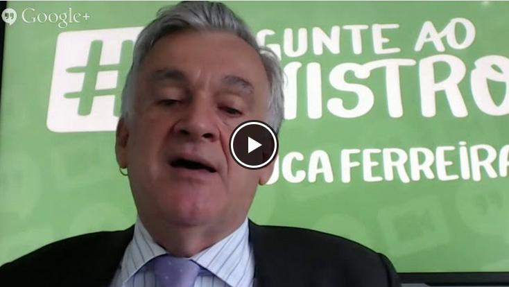 Juca Ferreira responde a perguntas de internautas via Youtube (Reprodução)
