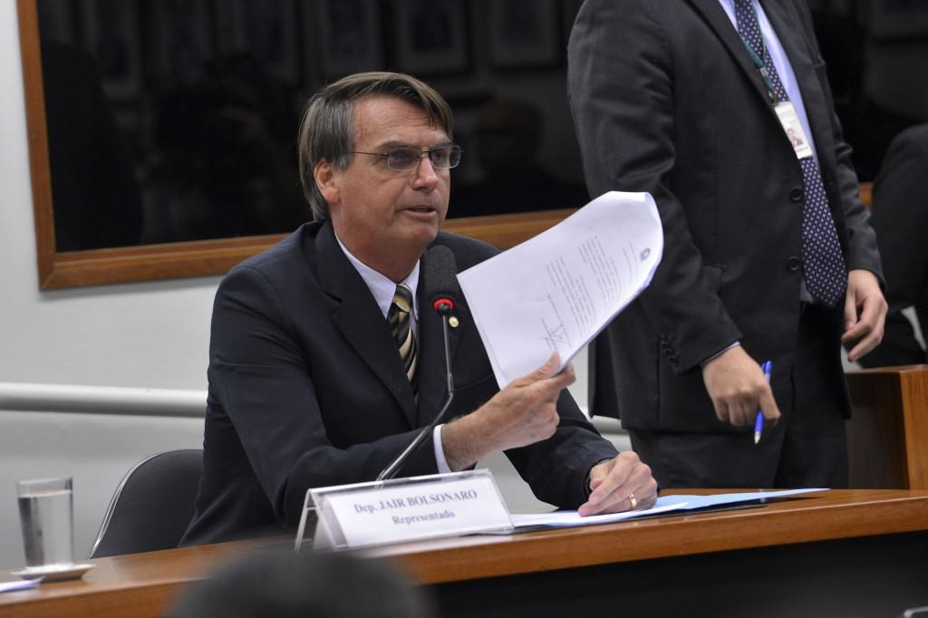 Pedido de impeachment pedido por Jair Bolsonaro (PP-RJ) deve ser arquivado / Foto: Wilson Dias/ Agência Brasil (16/12/2014)