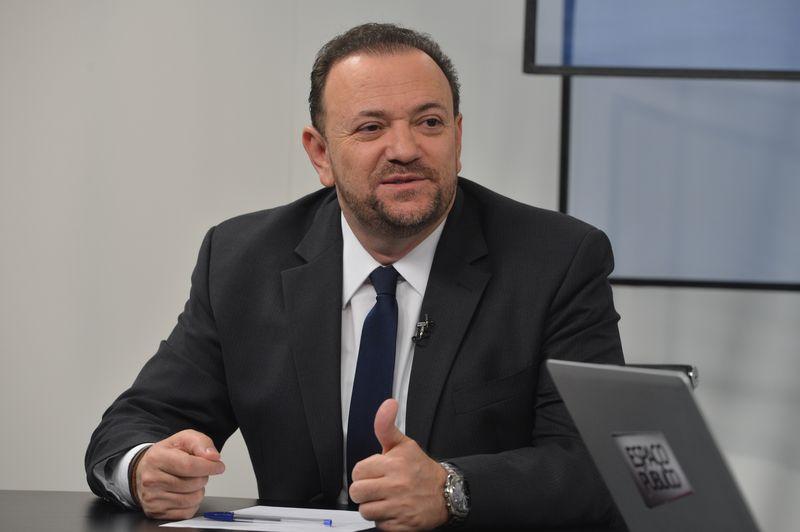 O ministro da Comunicação Social, Edinho Silva, participa do programa Espaço Público, da TV Brasil. Ele fala sobre os esforços do governo para aprovação das medidas de ajuste fiscal (Valter Campanato/Agência Brasil)