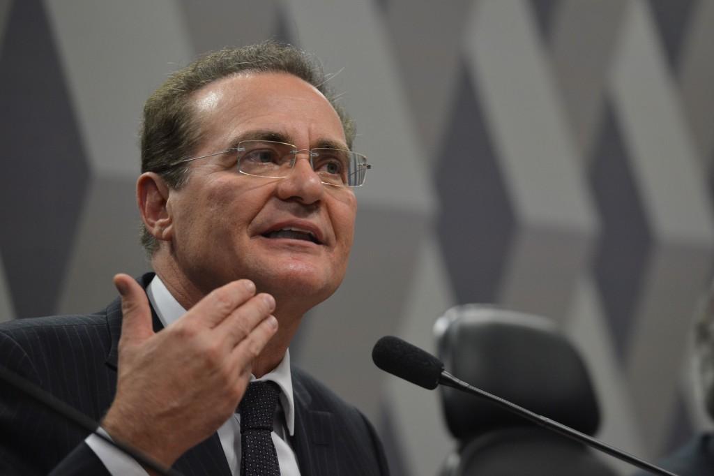 Presidente do Senado, Renan Calheiros, participa da instalação da Comissão Especial do Desenvolvimento Nacional, a comissão da Agenda Brasil (Fabio Rodrigues Pozzebom/Agência Brasil)