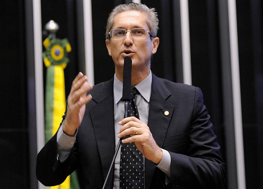 O presidente da Comissão Especial do Impeachment, Rogério Rosso (PSD-DF)