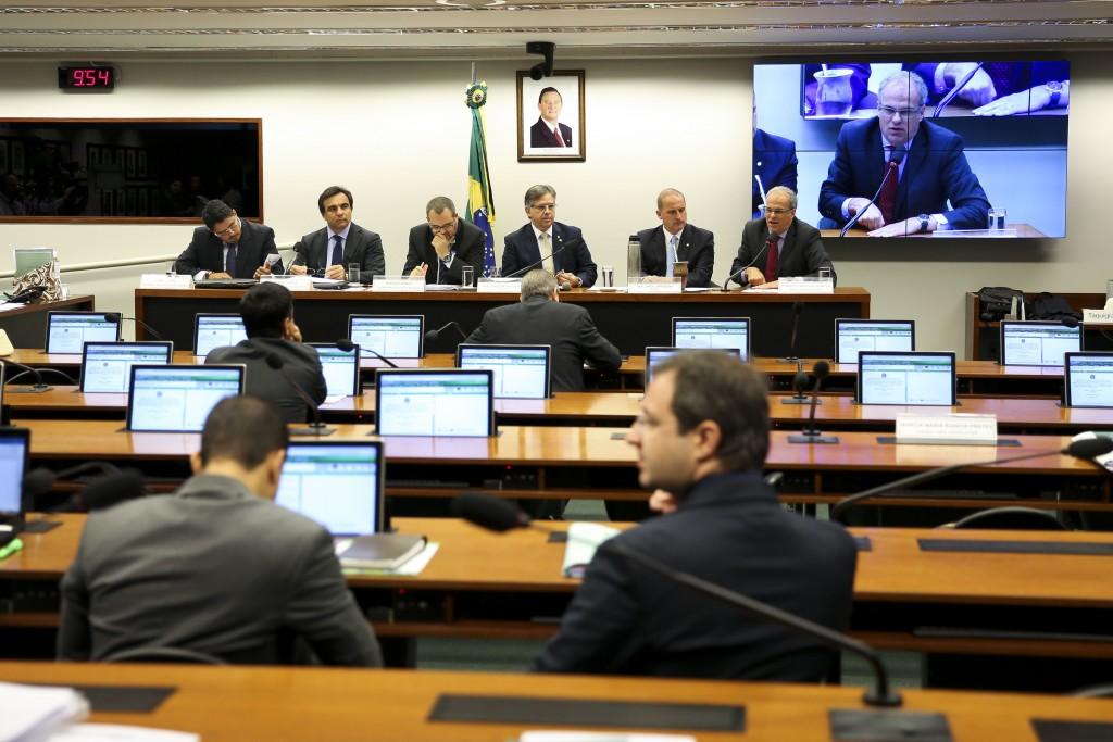 Brasília - A Comissão Especial de Combate à Corrupção promove audiência pública, na Câmara dos Deputados (Marcelo Camargo/Agência Brasil)