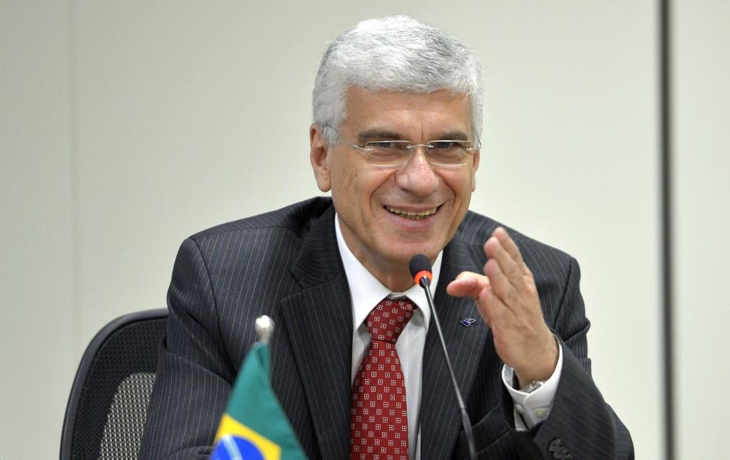 O secretário da Receita, Jorge Rachid fala sobre a assinatura de Acordo (TIEA) para a troca de informações tributárias (Wilson Dias/Agência Brasil)