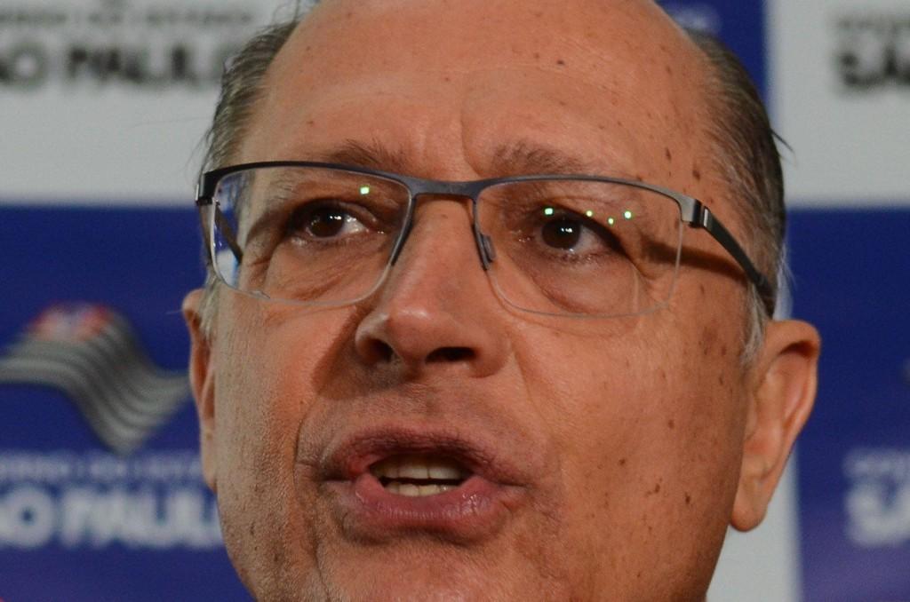 São Paulo - O governador de SP, Geraldo Alckmin anuncia a convocação de mais de 20 mil professores para o próximo ano letivo, no Palácio dos Bandeirantes (Rovena Rosa/Agência Brasil)