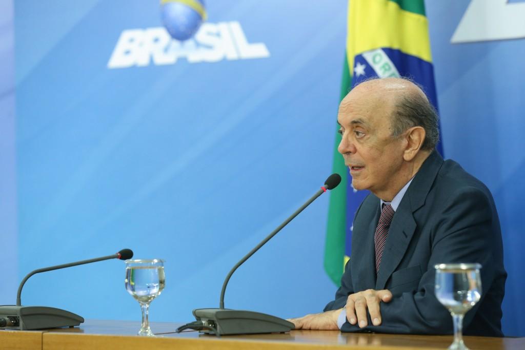 Brasília - Ministro das Relações Exteriores, José Serra, fala à imprensa em coletiva no Palácio do Planalto, após reunião com o presidente Michel Temer (Valter Campanato/Agência Brasil)