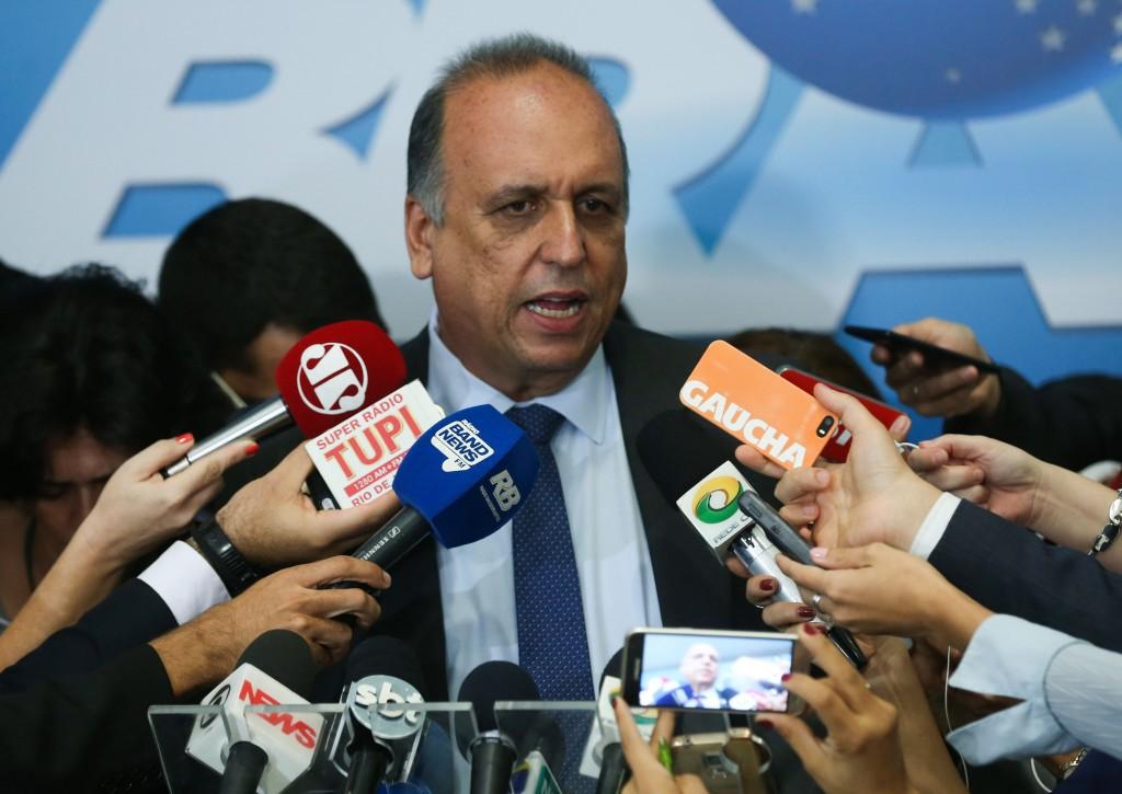 Brasília - Entrevista coletiva do governador do Rio de Janeiro, Luiz Fernando Pezão, após reunião com o presidente Michel Temer (Valter Campanato/Agência Brasil)