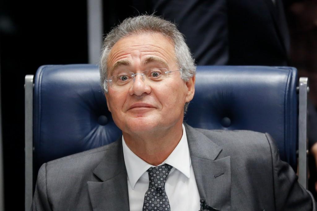Sessão do Senado Federal presidida pelo senador Renan Calheiros, após a sessão que aprovou o a PEC do Teto dos Gastos Públicos. Brasilia, 13-12-2016. Foto: Sérgio Lima/PODER 360.