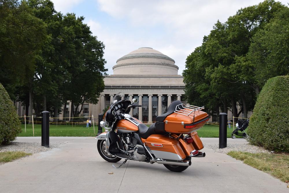 Viagem-teste com a Harley-Davidson Ultra Electra Glide em Nova York, Boston, Cambridge, Marlborough