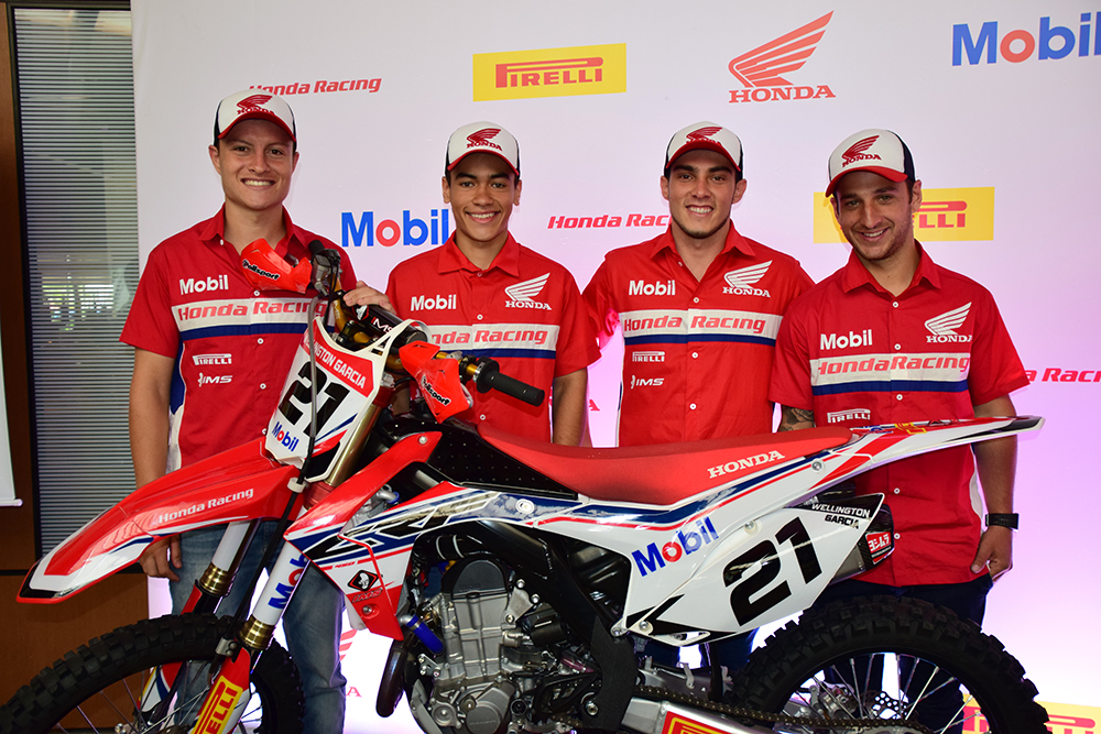 Pilotos oficiais da Honda no Motocross, para a temporada 2015