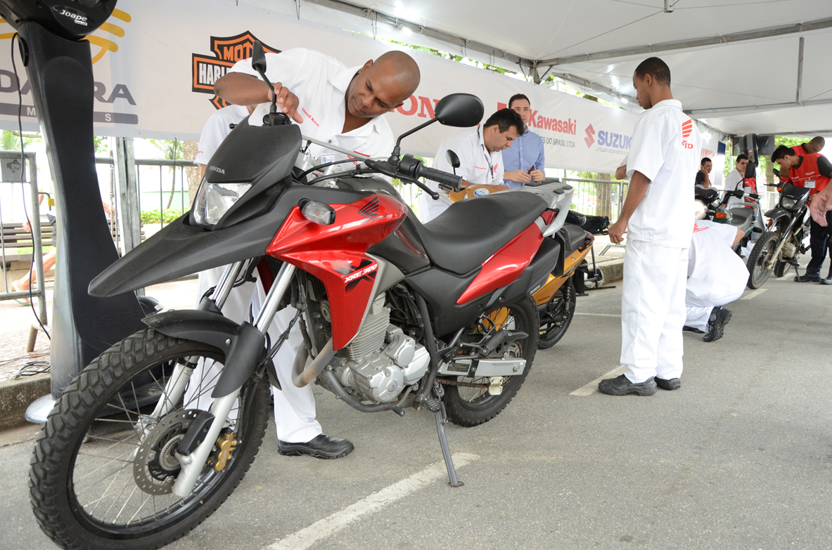 suzane_noticia_19a-edicao-motocheck-up