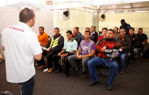 suzane_noticia_moto_check-up_df_2012_03