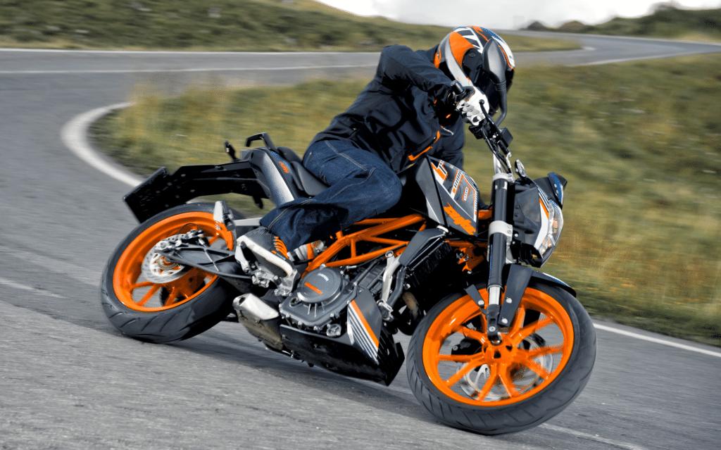 Duke 390 ABS chega com preço de R$ 21.990,00