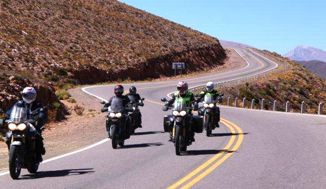 suzane_noticia_triumph-riding-experience_2015