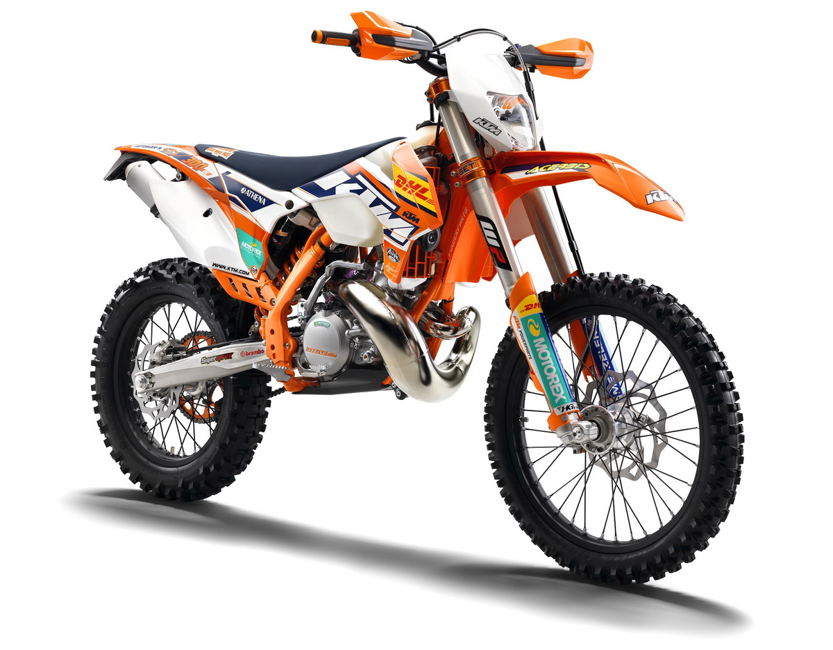 suzane_noticia_ktm-factory-edition-br_1200