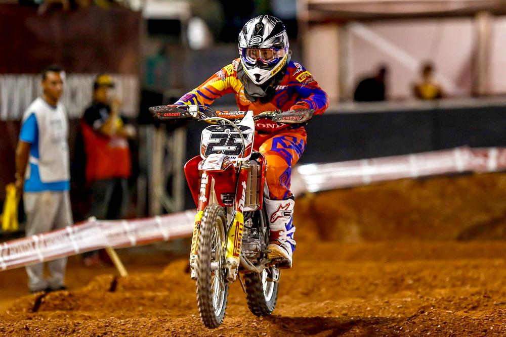 suzane_noticia_arena-cross-2016_Leonardo Cassarotti - MX Jr - Foto Wander Roberto-Vipcomm_1000