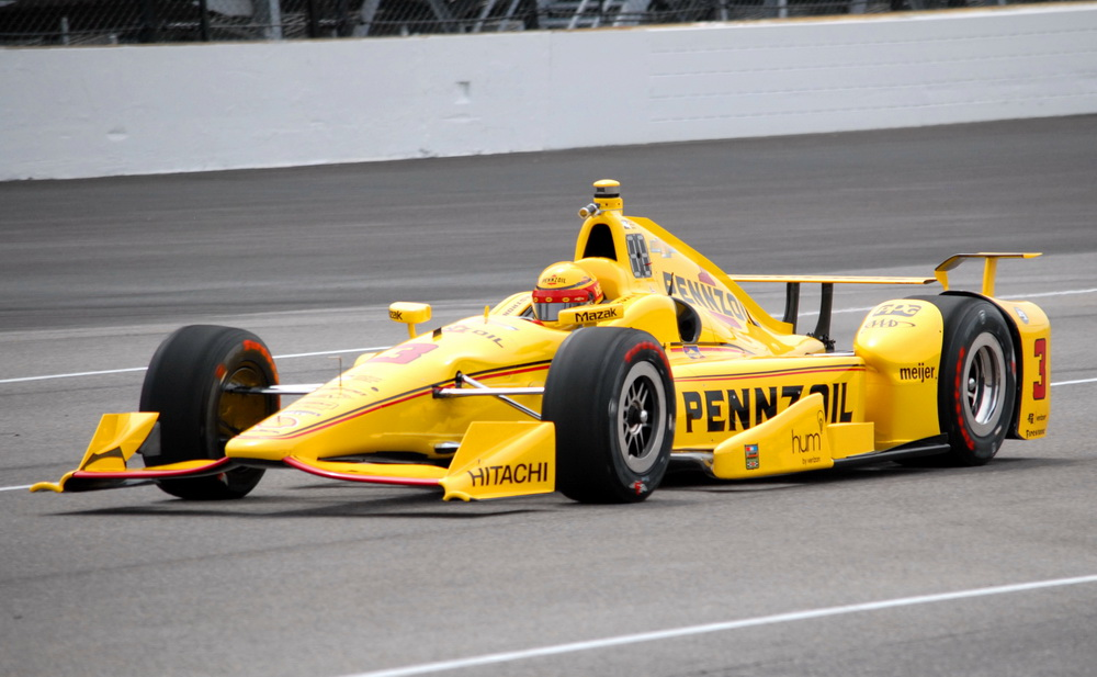Castroneves_Indy500_Day1_Practice_Foto Mike Young_IndyCar Media_1000