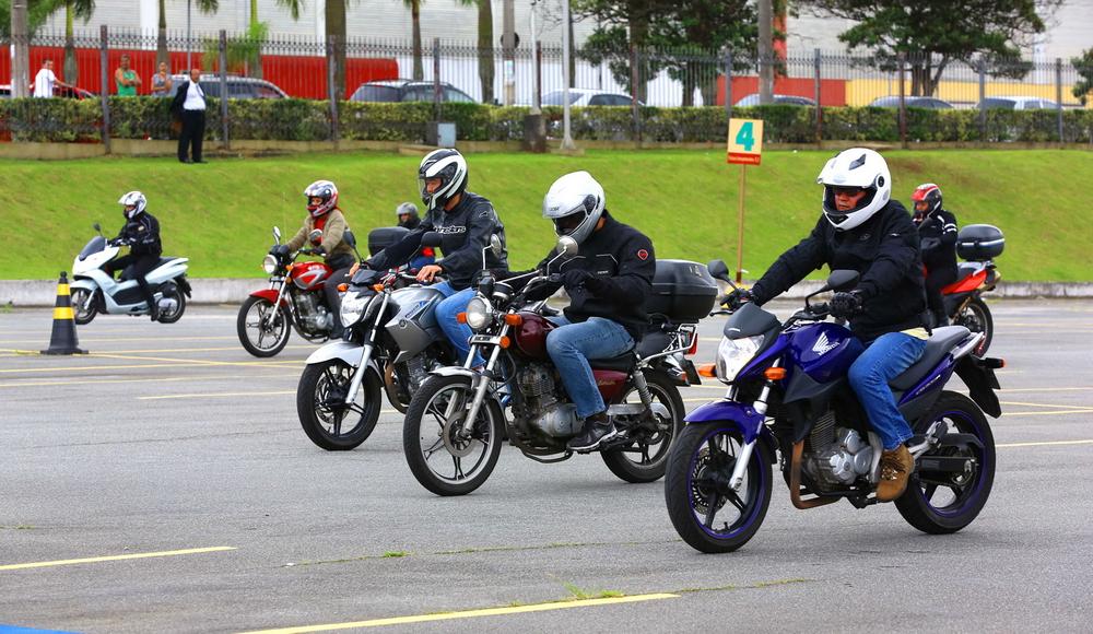 Curso Avançado de Pilotagem de Motos
