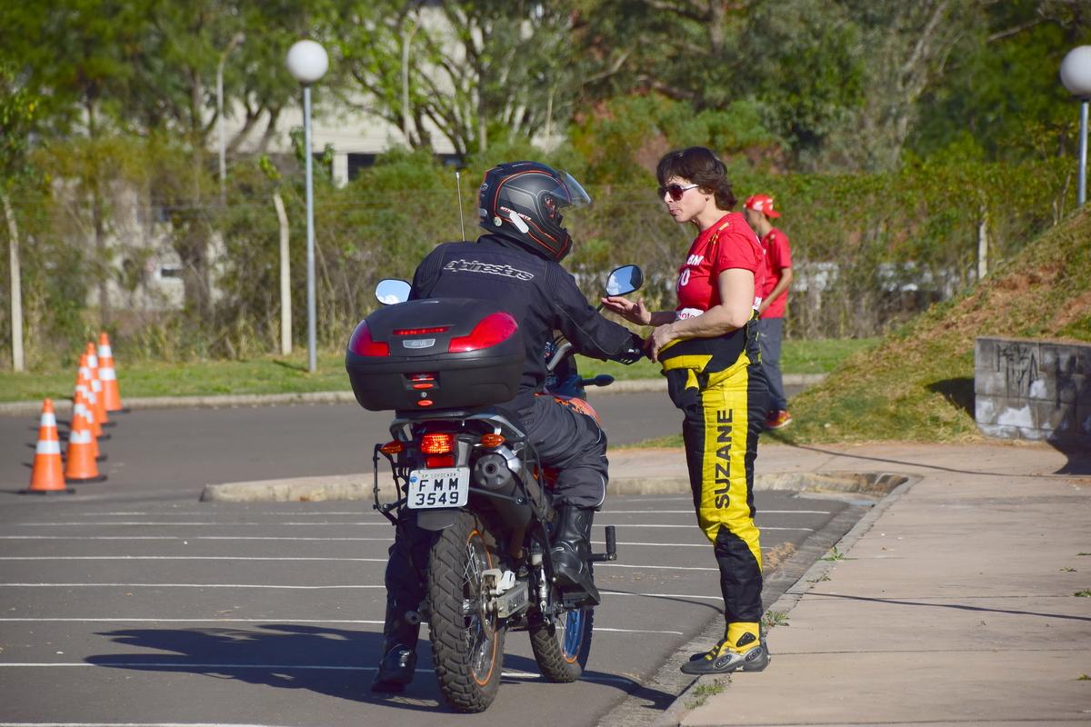 curso-moto-piracicaba_turma02_ctpsc_suzane-carvalho_44