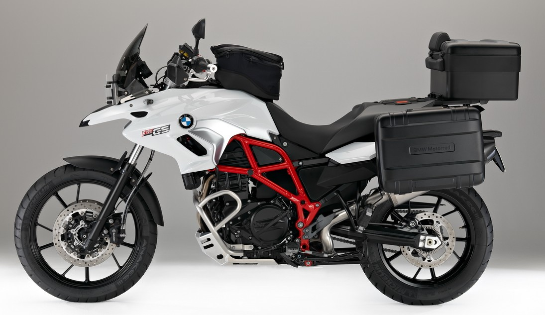 suzane_noticia_bmw_f700gs_2016_13