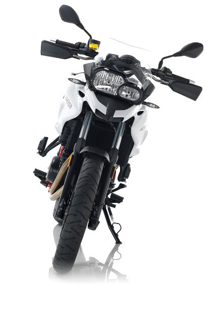 suzane_noticia_bmw_f700gs_2016_branca_frente
