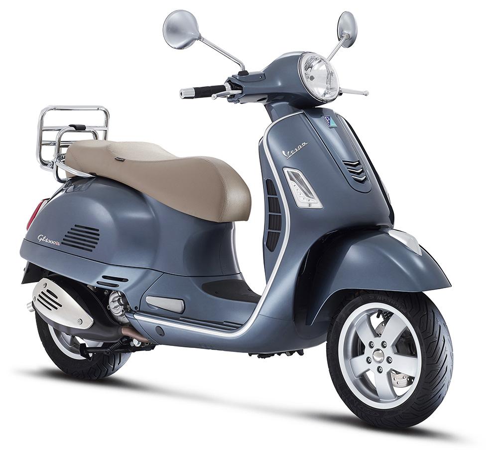 Vespa GTS 300 cc 3x4 cinza_1000