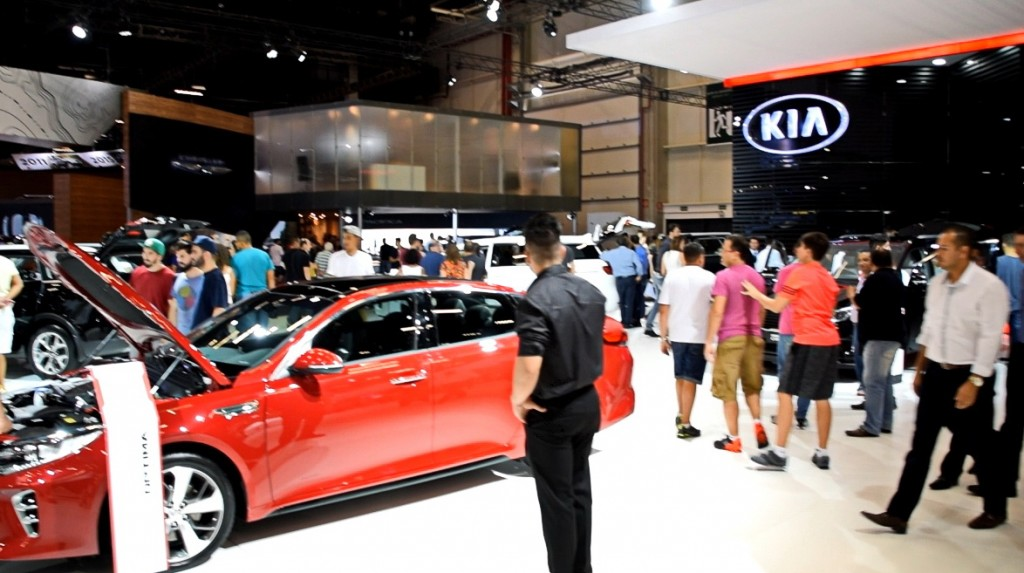 suzane_noticia_kia_salao-do-automovel_2016