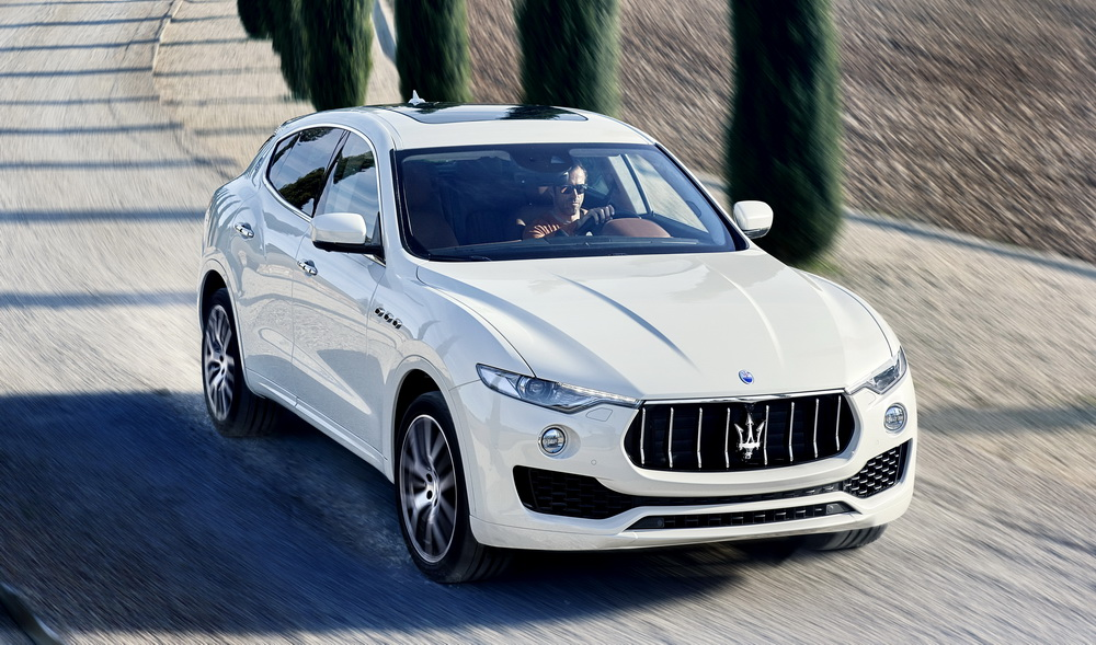 suzane_noticia_salao-do-automovel_2016_maserati_levante_2017_1000