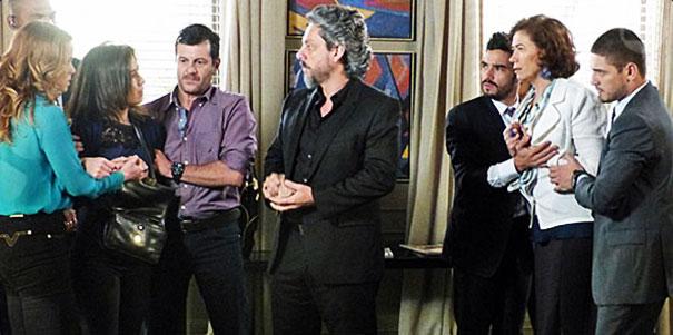 Cena do capítulo de sábado, 13/12 (Foto: Divulgação/TV Globo)