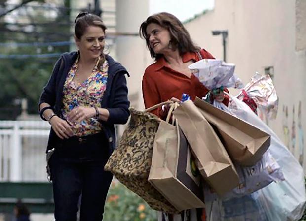 Drica Moraes e Marieta Severo, de
