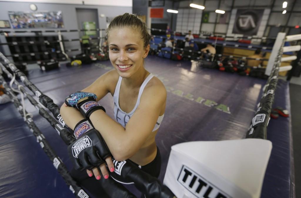 """VanZant é uma das """"queridinhas"""" do UFC / Crédito: AP/Rich Pedroncelli"""
