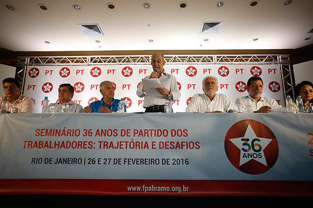 PT ataca Dilma por ruína que ajudou a produzir