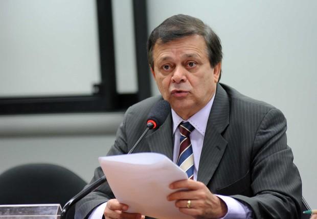 Relator deve recomendar aprovação do impeachment em comissão até quinta