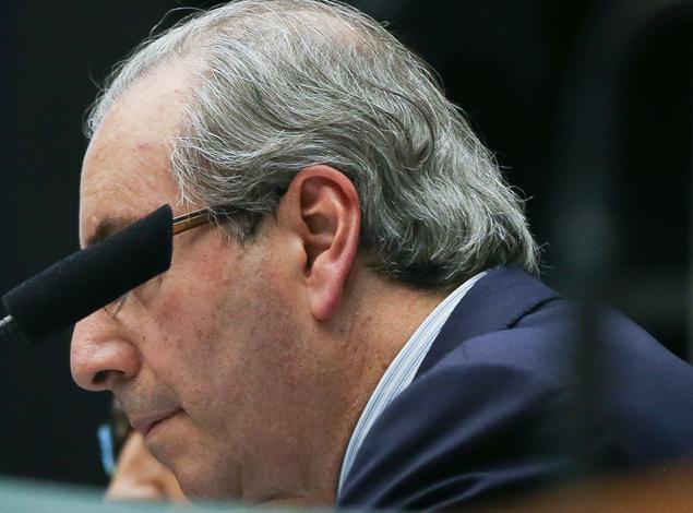 Se for afastado, Cunha tentará fazer o sucessor