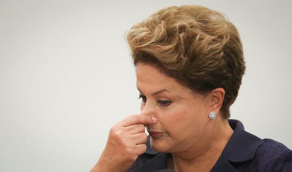 Dilma critica a corrupção do PMDB sem mencionar que aconteceu sob seu nariz