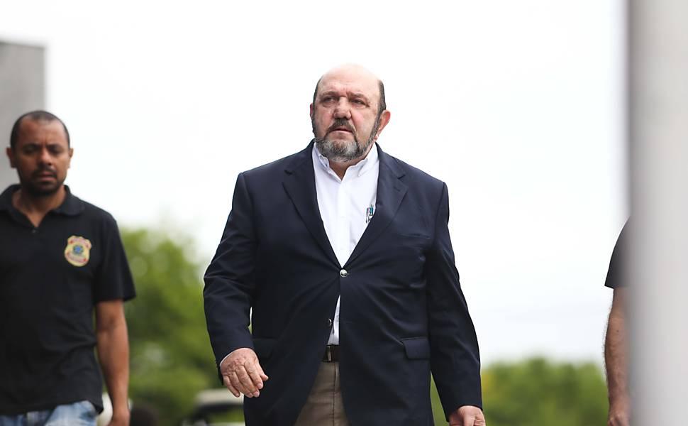 Delator afirma que vem do mesmo cofre dinheirama 'doada' para Aécio e Dilma