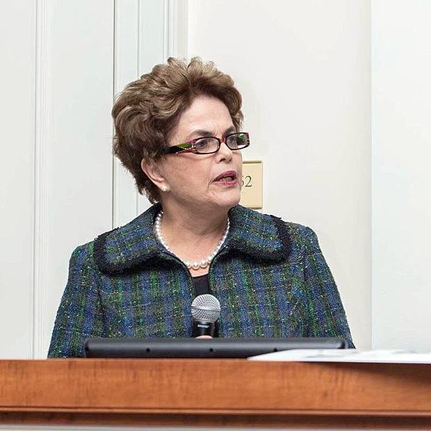 Para Dilma 'trambique', a vigarista 'honrada', só santificação de Lula salva o país