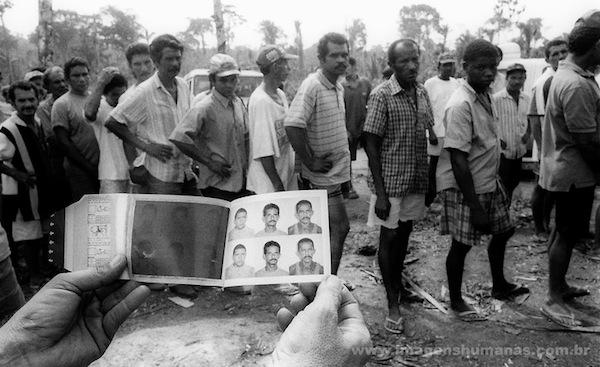 Trabalhadores libertados no Pará (Foto: :João Ripper/Imagens humanas)