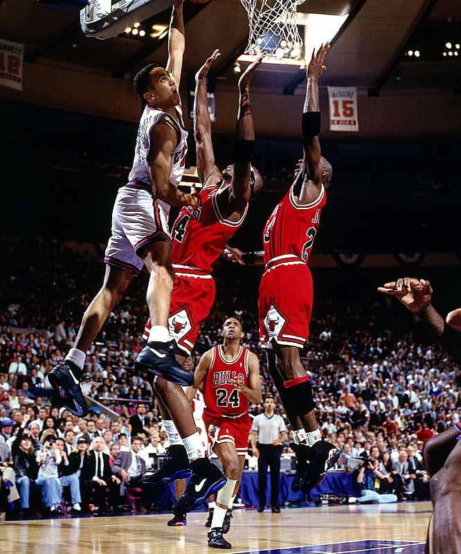John Starks enterra contra o Bulls