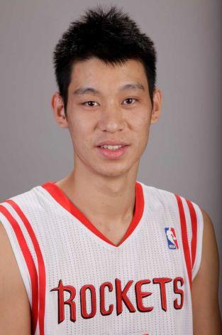 Jeremy Lin negocia com o Rockets