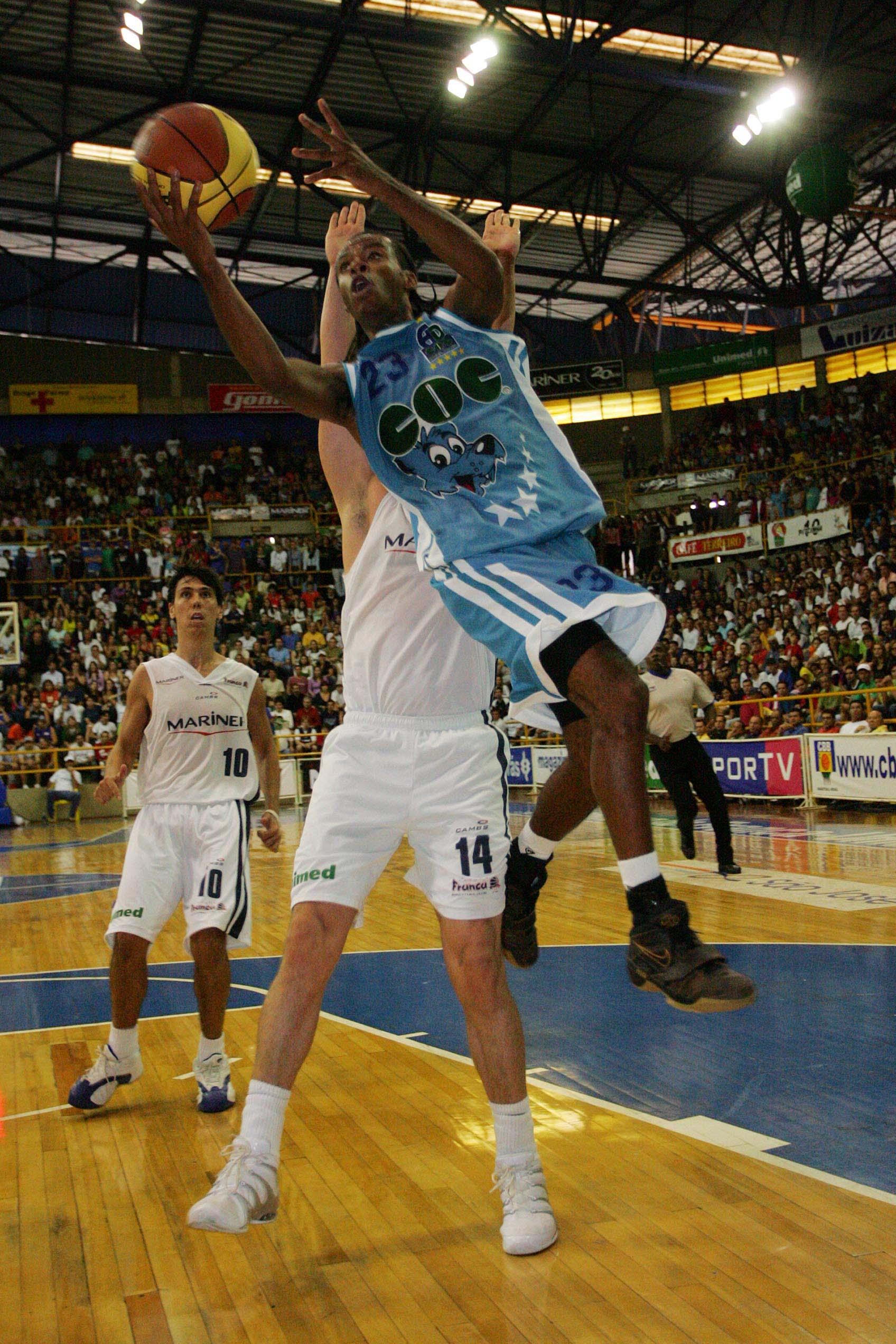 Nacional masculino de basquete 2006