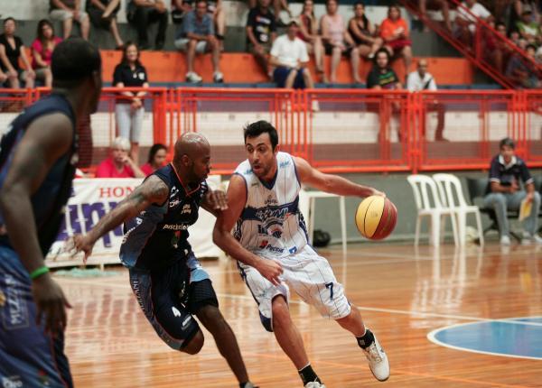 Larry x Hélio, Campeonato Paulista