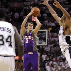 Dragic acaba com o Spurs em San Antonio