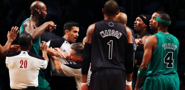 Nets x Celtics, Kevin Garnett x Gerald Wallace