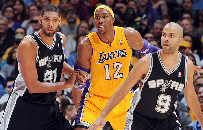 O Howard de Lakers contra a prede