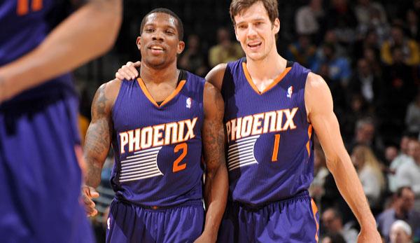 Kevin Johnson e Jeff Hornacek... Quer dizer, Bledsoe e Dragic pelo Suns