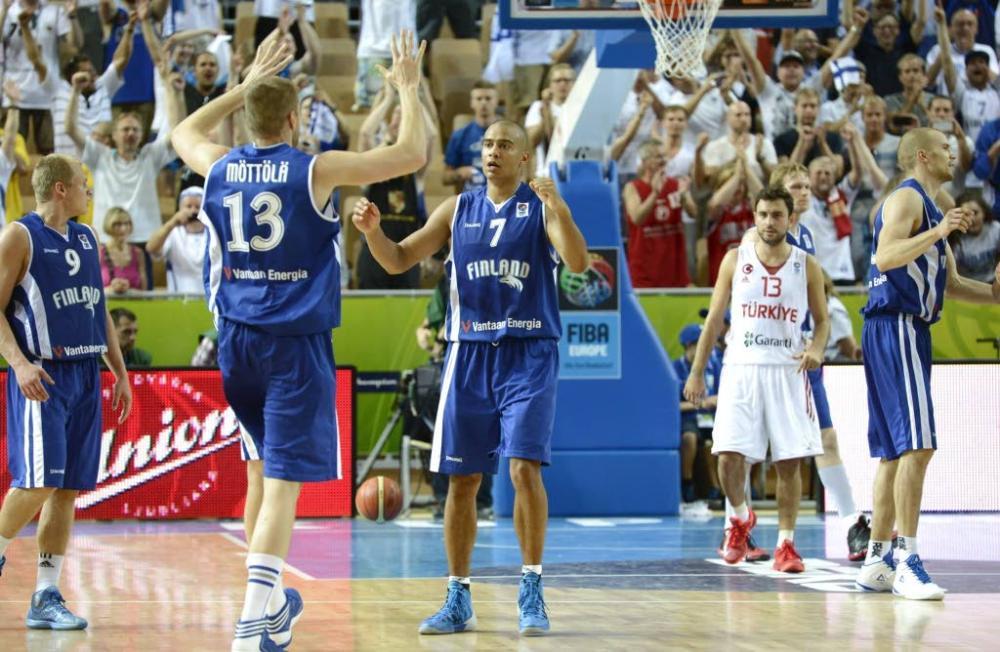 Finlandeses derrotaram os coirmãos convidados turcos no Europeu. Em 2013