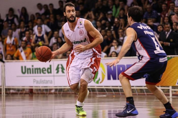 Henrique Pilar acredita em fase de transição no basquete brasileiro