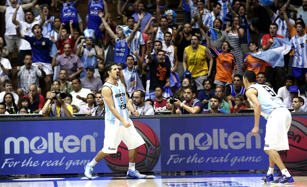 Laprovíttola vibra com El Alma: foi contra Filipinas, mas vale toda a comemoração