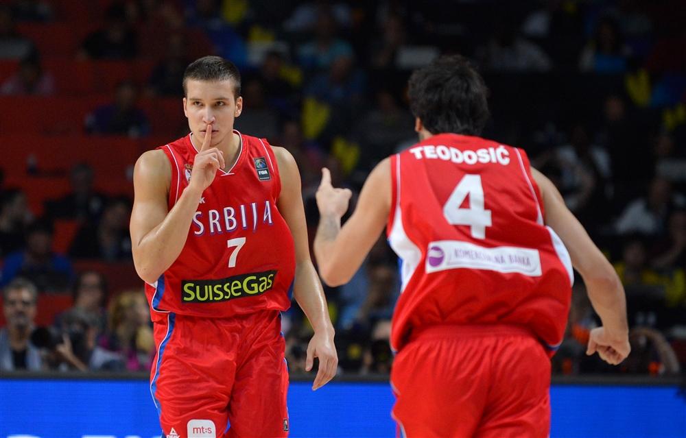 Bogdan-Bogdan manda algum francês ficar em silêncio. Trunfo do Suns
